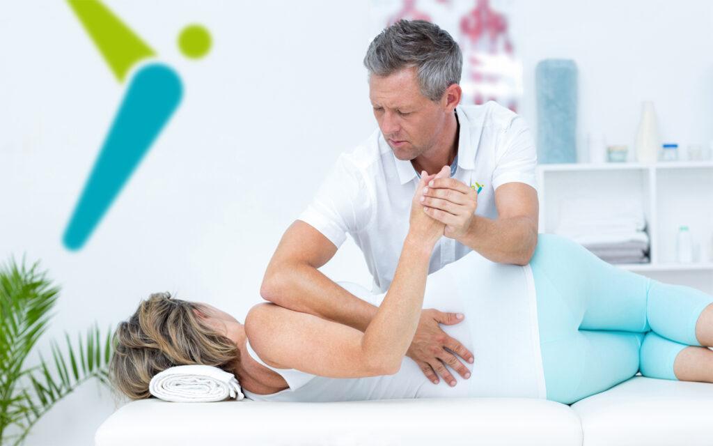 Physio Hassenpflug bei der Anwendung der Atemtherapie in Viersen